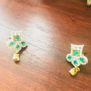 Jewelry - Traditional Nigel style semiprecious  stones set